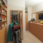 pros and cons of a DIY wardrobe